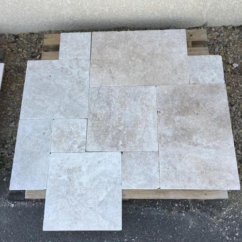 dallage travertin fer et pierre ferronnerie d 39 art carreaux de ciment. Black Bedroom Furniture Sets. Home Design Ideas