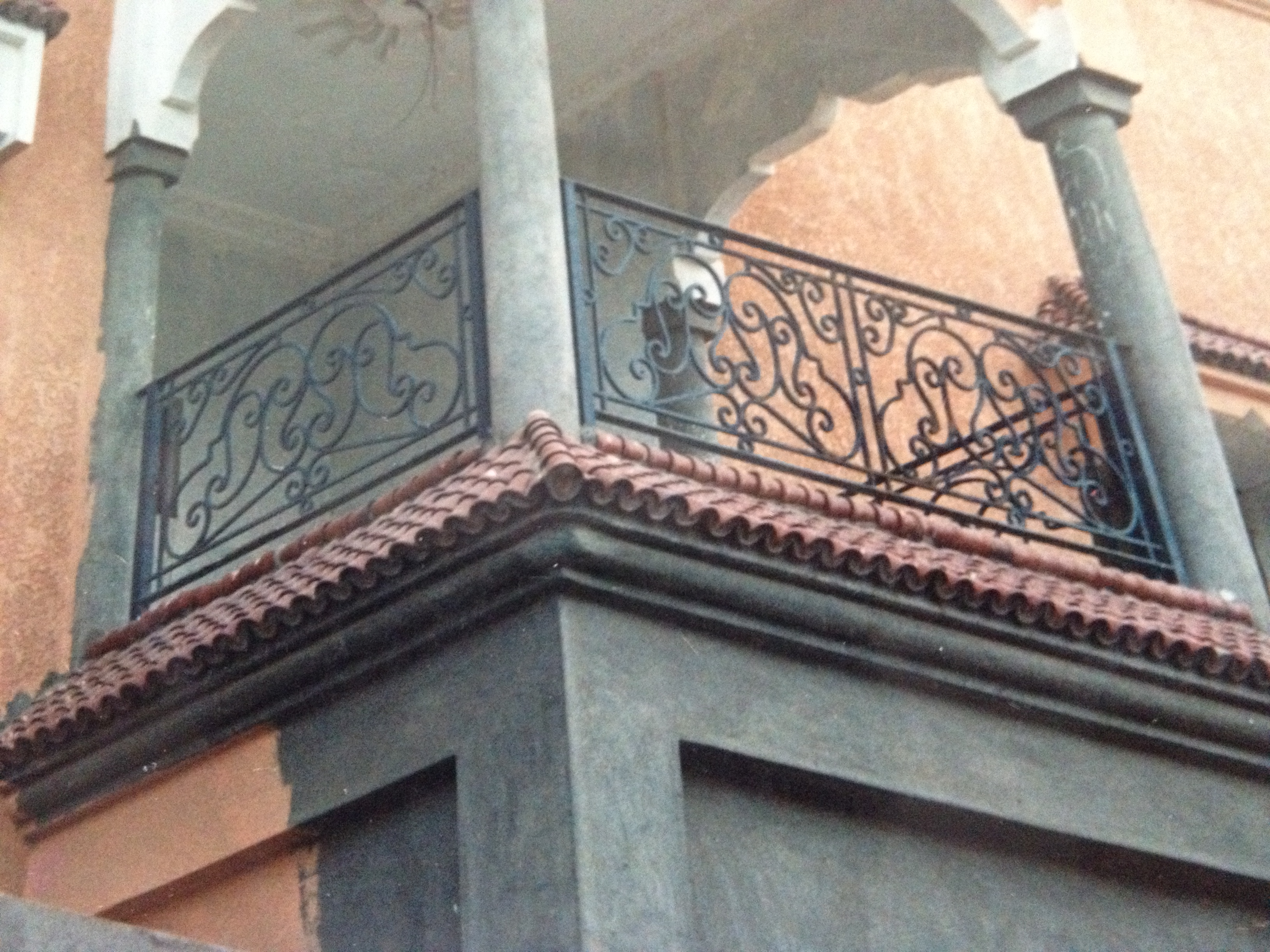balcon fer et pierre ferronnerie d 39 art carreaux de. Black Bedroom Furniture Sets. Home Design Ideas